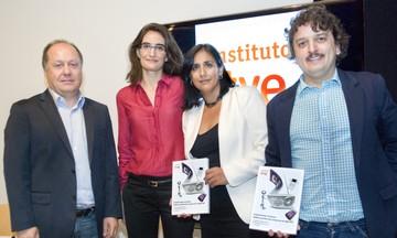El Instituto RTVE recopila las transformaciones de la radio