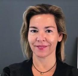 Pilar de gonzalo directora de comunicaci n de selmark lingerie - Selmark bano 2017 ...